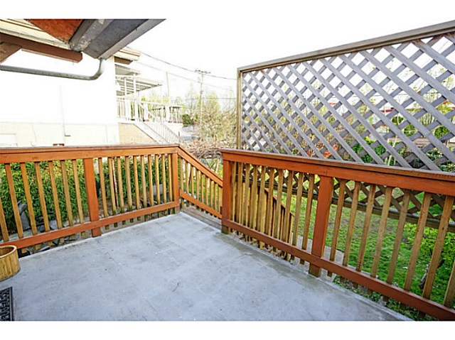 Photo 16: 4810 ALBERT Street in Burnaby: Capitol Hill BN House for sale (Burnaby North)  : MLS® # V1117852