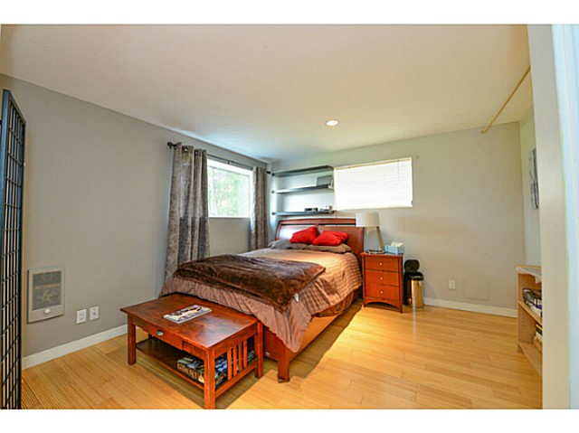 Photo 13: 4810 ALBERT Street in Burnaby: Capitol Hill BN House for sale (Burnaby North)  : MLS® # V1117852
