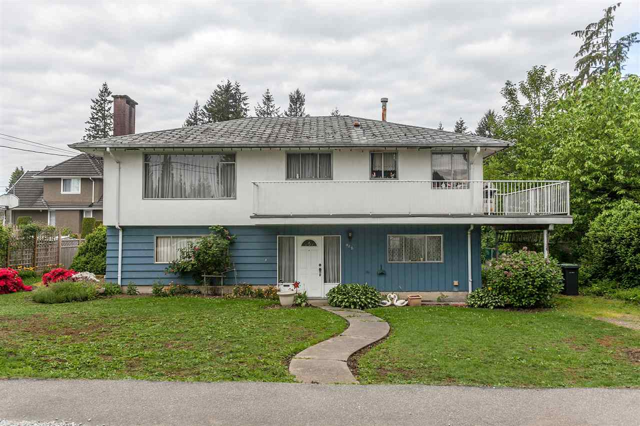 Main Photo: 932 GATENSBURY Street in Coquitlam: Harbour Chines House for sale : MLS®# R2066956
