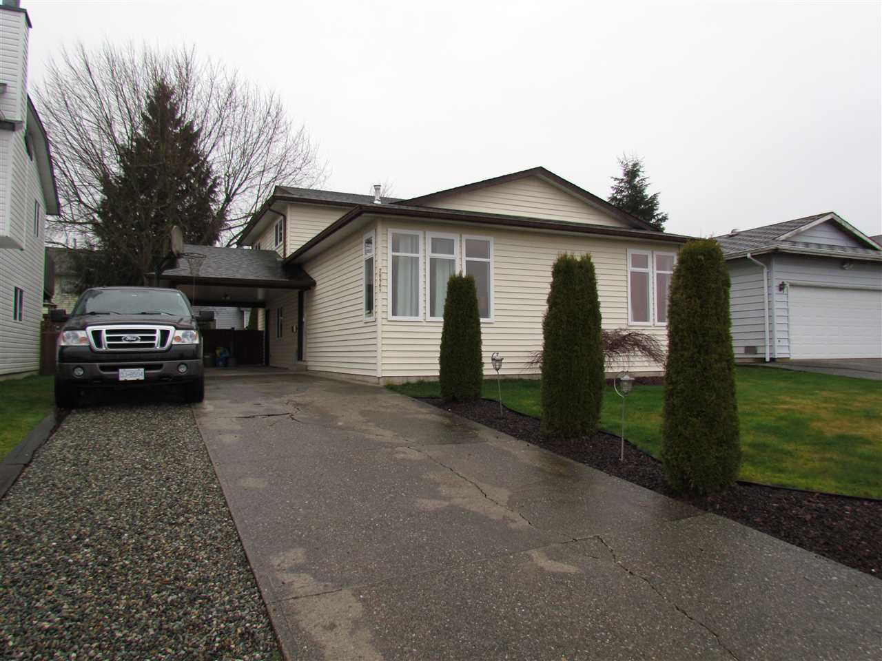 FEATURED LISTING: 26561 28TH Avenue Langley