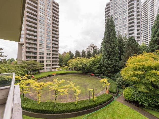 "Photo 14: 302 6070 MCMURRAY Avenue in Burnaby: Forest Glen BS Condo for sale in ""LA MIRAGE"" (Burnaby South)  : MLS® # R2109764"
