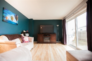 Main Photo: 17717 95 Street in Edmonton: Zone 28 Townhouse for sale : MLS(r) # E4058421