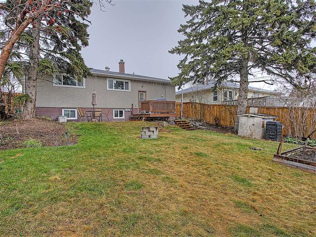 Photo 4: 111 42 Avenue NE in Calgary: Highland Park House for sale : MLS(r) # C4112502