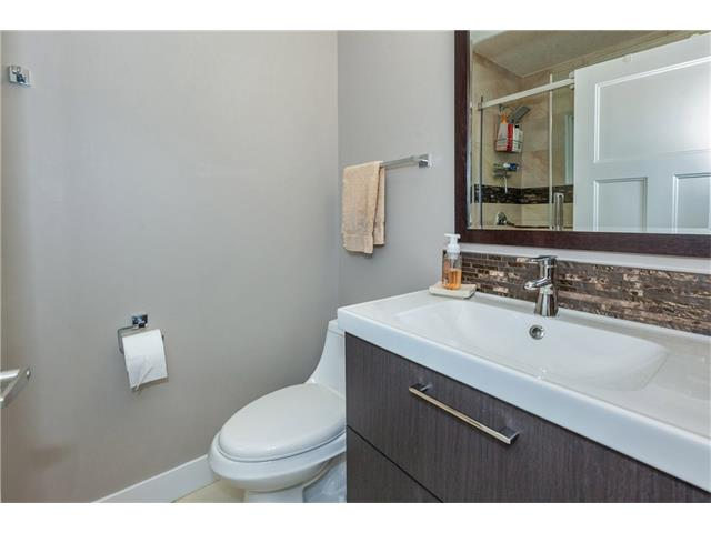 Photo 13: 3207 BEARSPAW Drive NW in Calgary: Brentwood House for sale : MLS® # C4118825