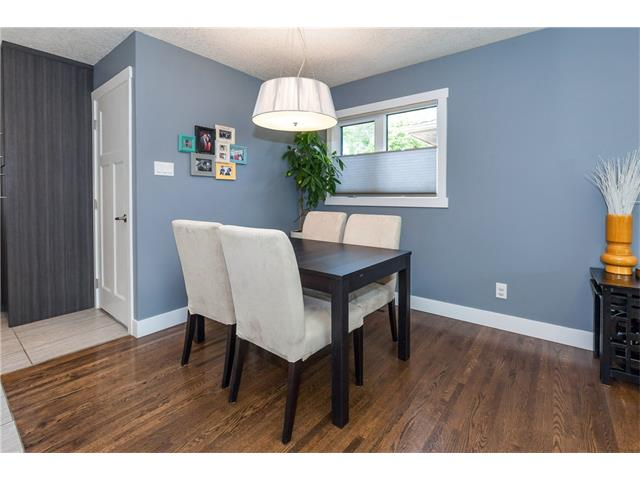 Photo 9: 3207 BEARSPAW Drive NW in Calgary: Brentwood House for sale : MLS® # C4118825