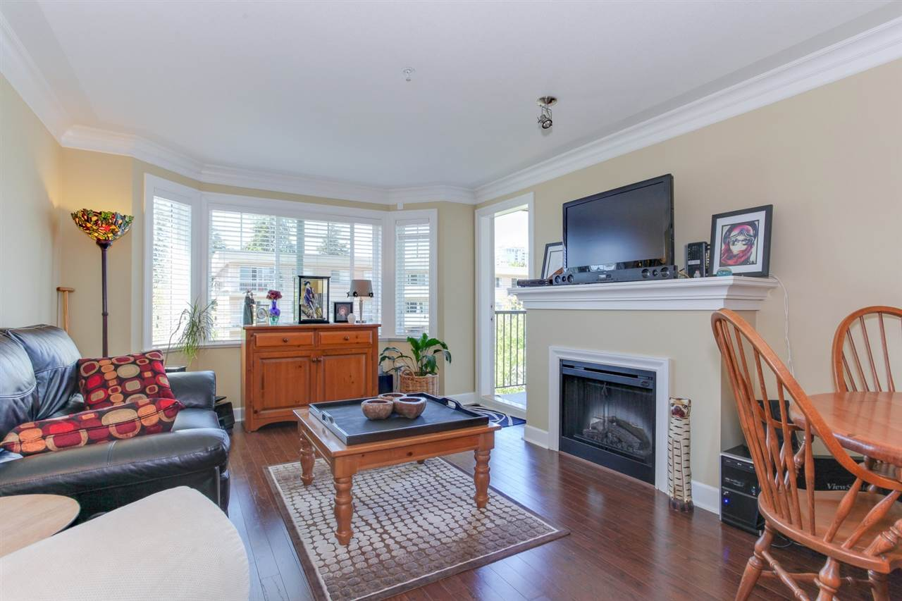 "Photo 9: 304 15357 ROPER Avenue: White Rock Condo for sale in ""REGENCY COURT"" (South Surrey White Rock)  : MLS(r) # R2171104"