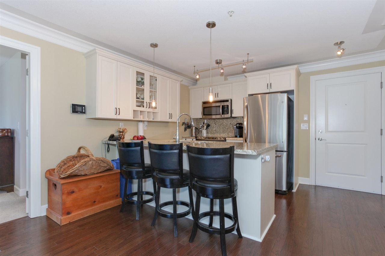 "Photo 5: 304 15357 ROPER Avenue: White Rock Condo for sale in ""REGENCY COURT"" (South Surrey White Rock)  : MLS(r) # R2171104"