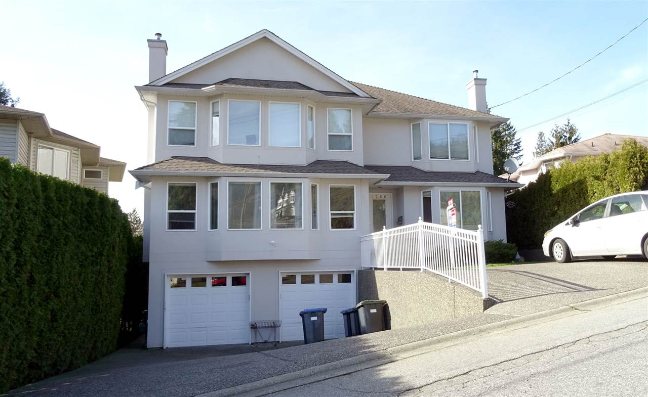 Main Photo: 1266 ALDERSIDE Road in Port Moody: North Shore Pt Moody House 1/2 Duplex for sale : MLS(r) # R2174306
