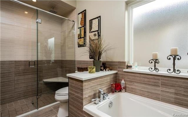 Photo 10: 994 John Bruce Road East in Winnipeg: Royalwood Residential for sale (2J)  : MLS® # 1716837