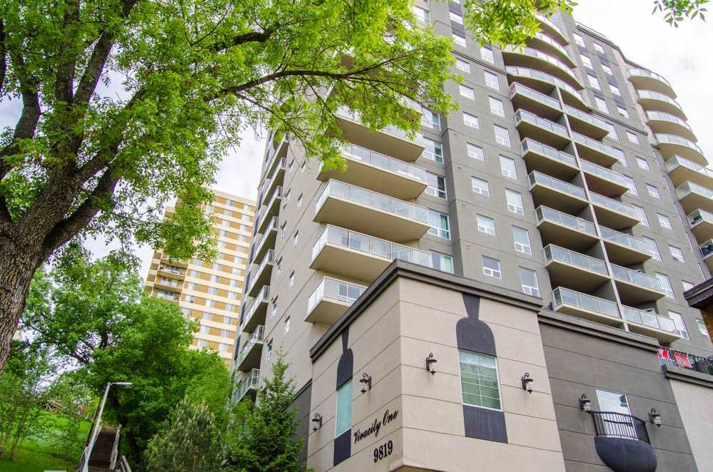 Main Photo: 307 9819 104 Street in Edmonton: Zone 12 Condo for sale : MLS® # E4078243