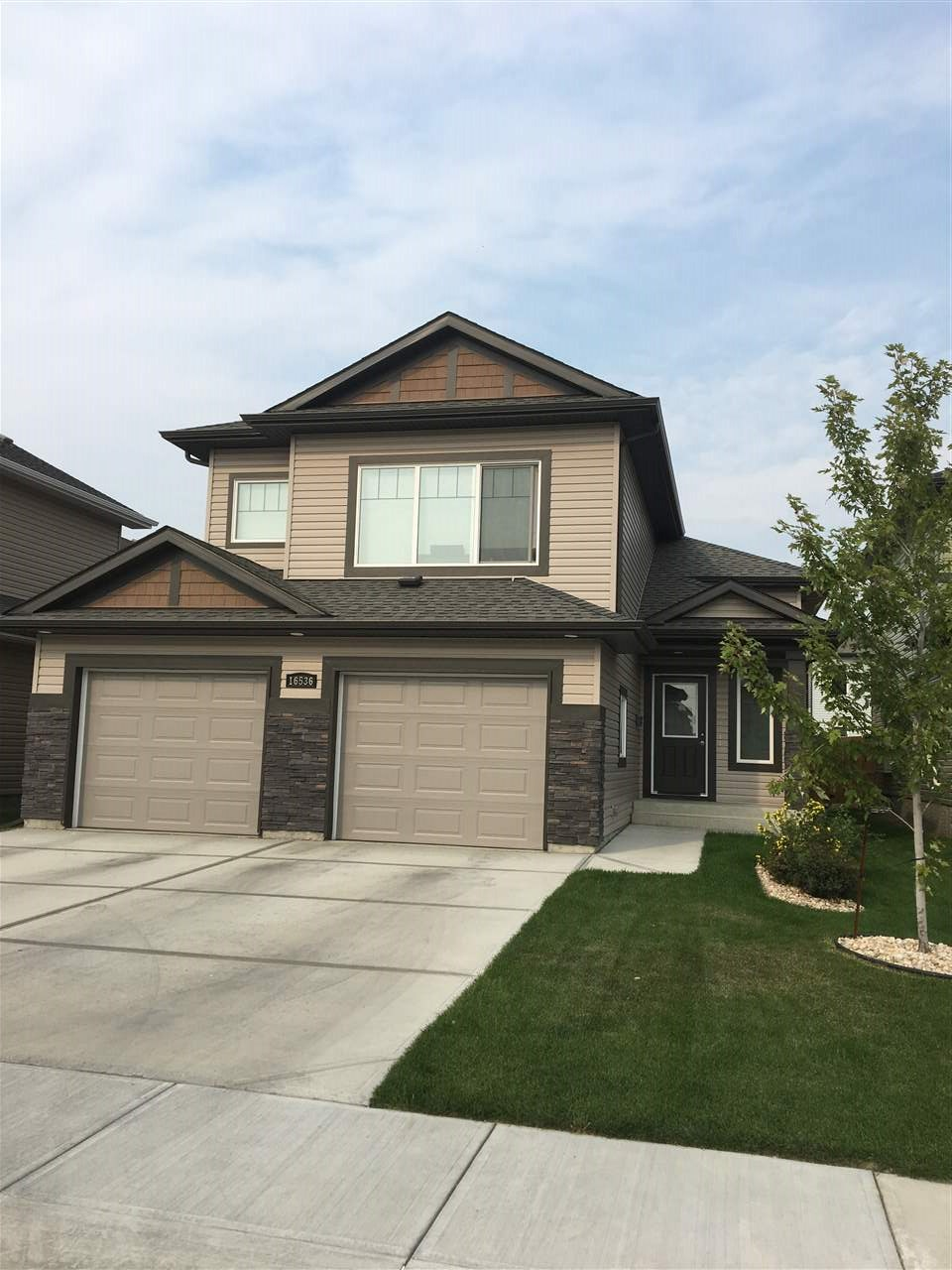 Main Photo: 16536 131 Street in Edmonton: Zone 27 House for sale : MLS® # E4078881