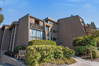 "Main Photo: 307 9101 HORNE Street in Burnaby: Government Road Condo for sale in ""WOODSTONE PLACE"" (Burnaby North)  : MLS® # R2208885"