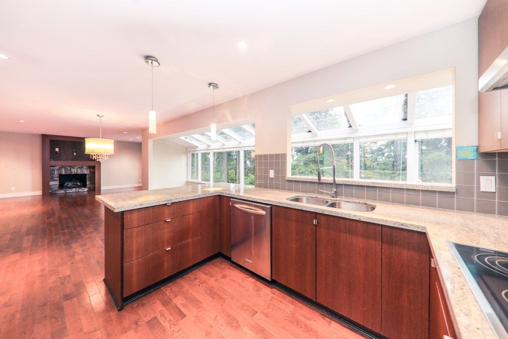 Photo 7: Photos: 448 SOMERSET Street in North Vancouver: Upper Lonsdale House for sale : MLS® # R2223198