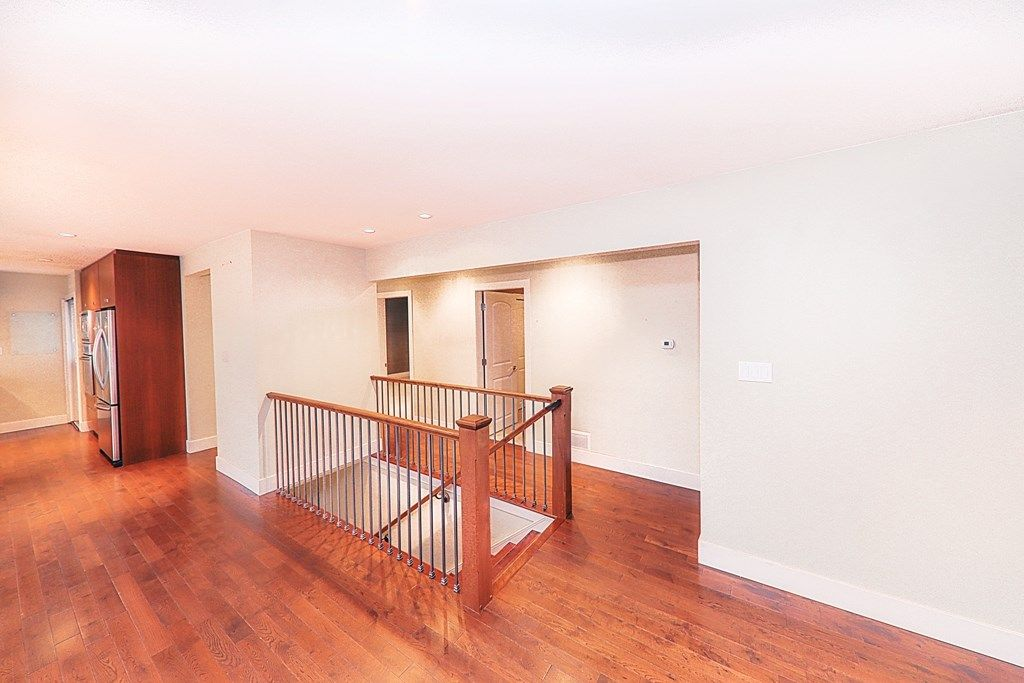 Photo 12: Photos: 448 SOMERSET Street in North Vancouver: Upper Lonsdale House for sale : MLS® # R2223198
