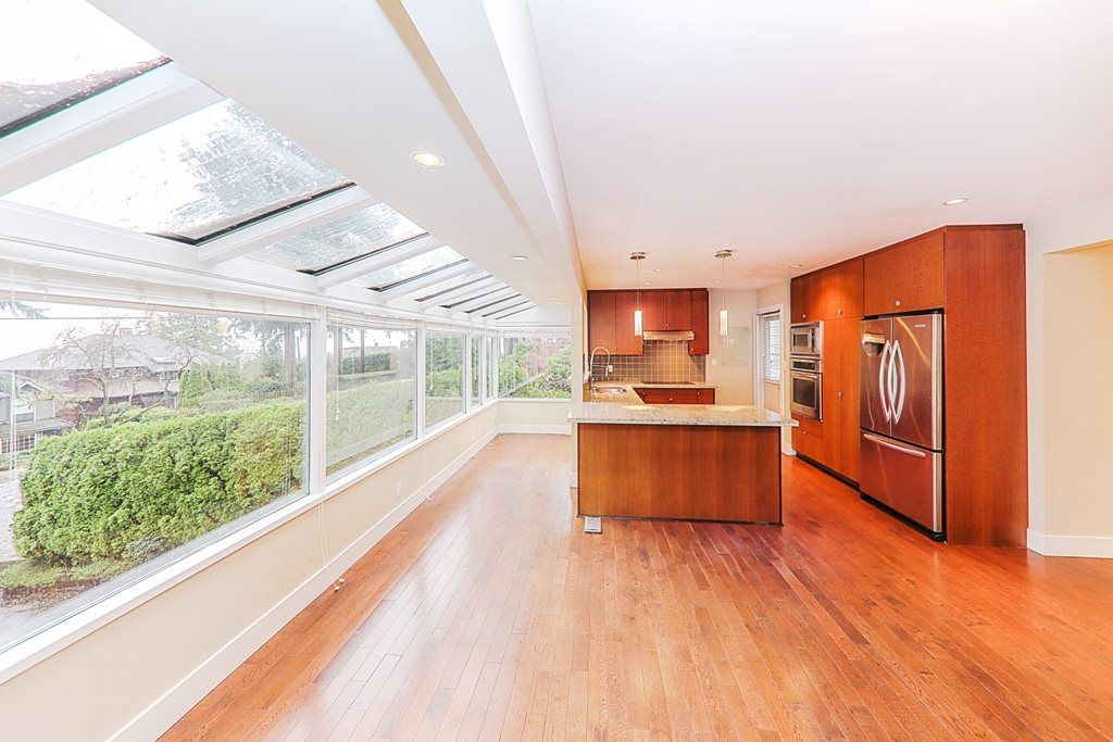 Photo 5: Photos: 448 SOMERSET Street in North Vancouver: Upper Lonsdale House for sale : MLS® # R2223198