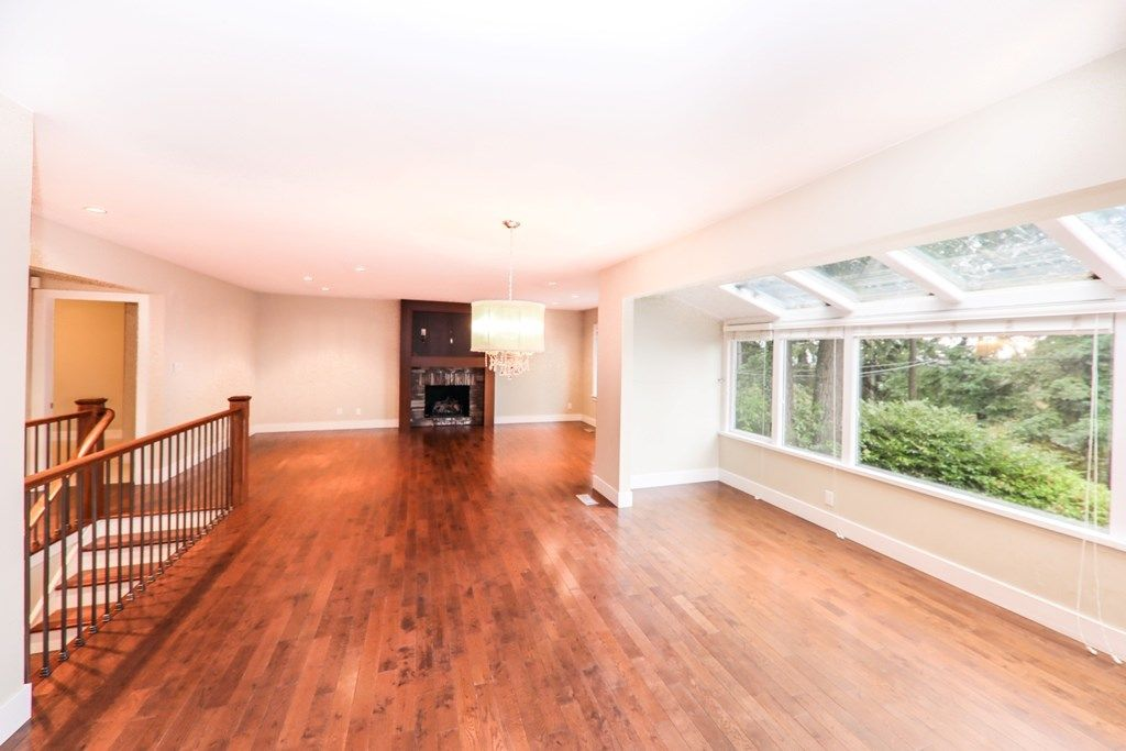 Photo 2: Photos: 448 SOMERSET Street in North Vancouver: Upper Lonsdale House for sale : MLS® # R2223198