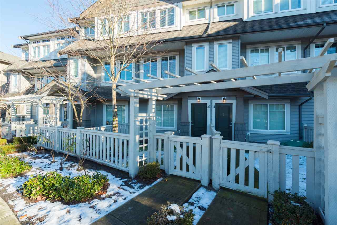 "Main Photo: 10 8250 209B Street in Langley: Willoughby Heights Townhouse for sale in ""OUTLOOK"" : MLS® # R2229539"