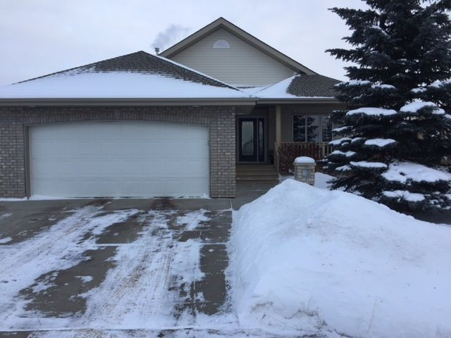 Main Photo: 33 Ridgebay Place: Sherwood Park House for sale : MLS® # E4095336