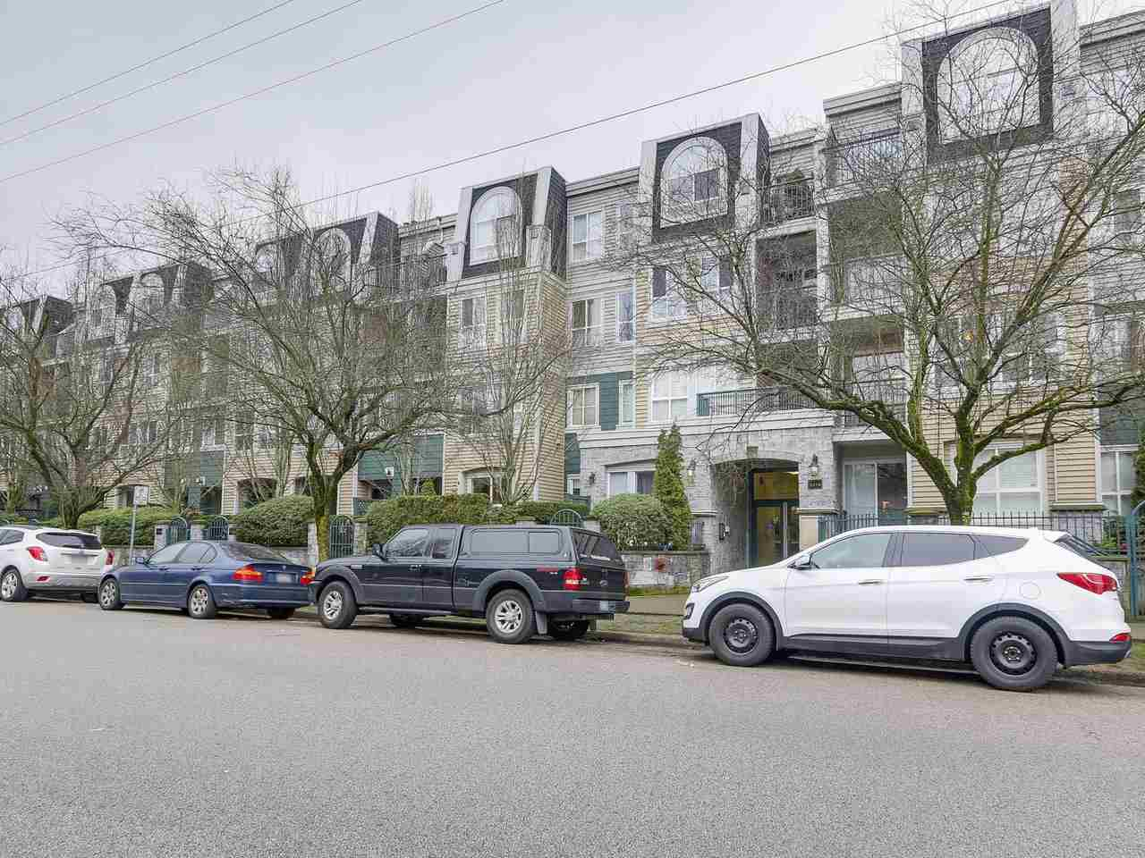 "Main Photo: 201 3278 HEATHER Street in Vancouver: Cambie Condo for sale in ""HEATHERSTONE"" (Vancouver West)  : MLS® # R2237736"