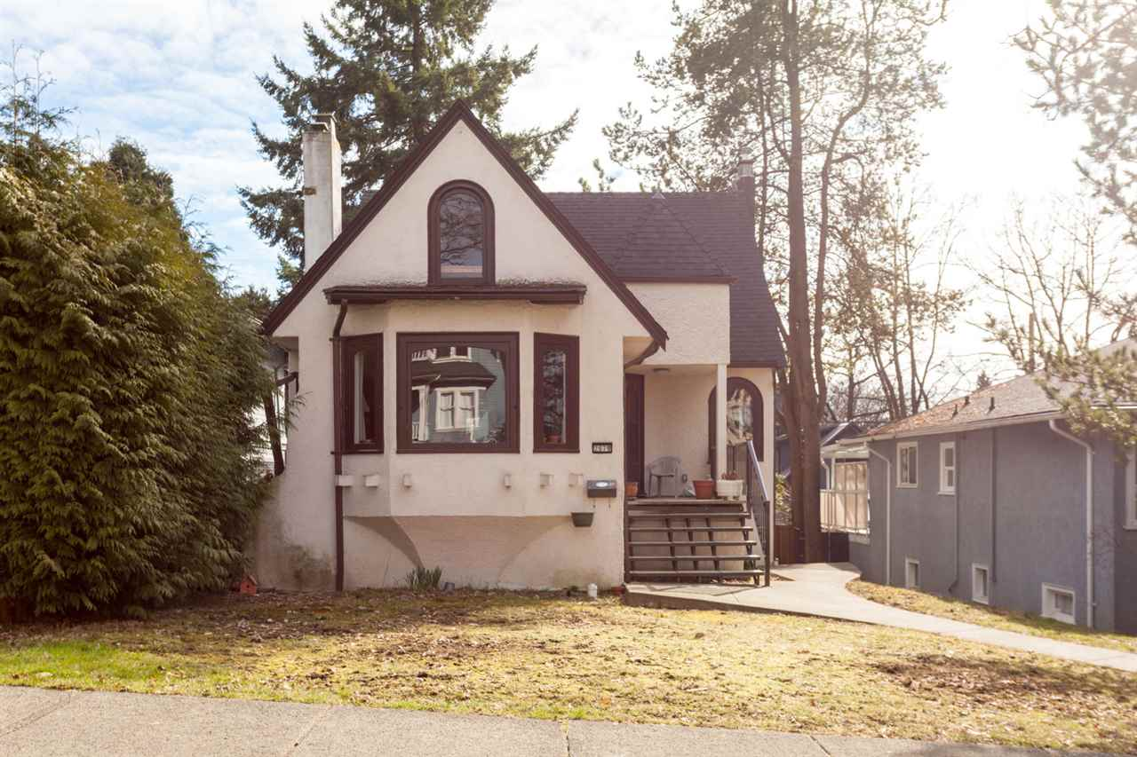 Main Photo: 2678 W 11TH Avenue in Vancouver: Kitsilano House for sale (Vancouver West)  : MLS® # R2246223