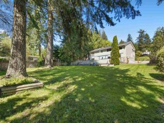 Main Photo: 89 CHADWICK Road in Gibsons: Gibsons & Area House for sale (Sunshine Coast)  : MLS®# R2268945