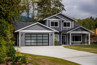 Main Photo: 1440 MOONDANCE Place in Gibsons: Gibsons & Area House for sale (Sunshine Coast)  : MLS®# R2306446