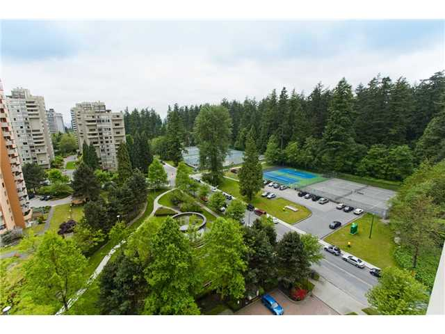 "Photo 7: 1402 6188 PATTERSON Avenue in Burnaby: Metrotown Condo for sale in ""WIMBLEDON CLUB"" (Burnaby South)  : MLS(r) # V893740"