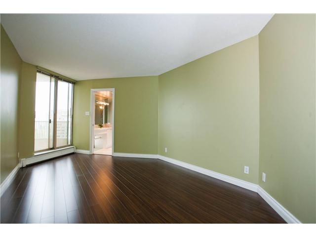"Photo 4: 1402 6188 PATTERSON Avenue in Burnaby: Metrotown Condo for sale in ""WIMBLEDON CLUB"" (Burnaby South)  : MLS(r) # V893740"