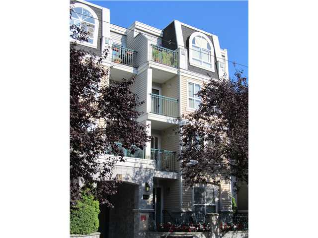 "Main Photo: 412 3278 HEATHER Street in Vancouver: Cambie Condo for sale in ""HEATHERSTONE"" (Vancouver West)  : MLS(r) # V905621"