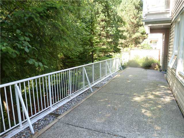 Photo 6: # 112 1132 DUFFERIN ST in Coquitlam: Eagle Ridge CQ Condo for sale : MLS® # V998254