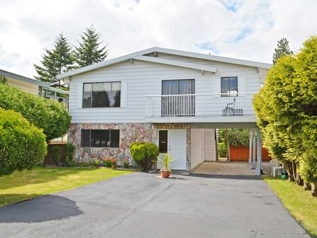 "Main Photo: 810 GREENE Street in Coquitlam: Meadow Brook House for sale in ""MEADOW BROOK"" : MLS(r) # V1029173"