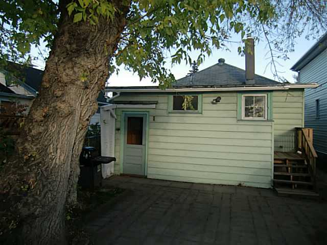 Photo 13: 2207 16 Street SE in Calgary: Inglewood Residential Detached Single Family for sale : MLS(r) # C3638856