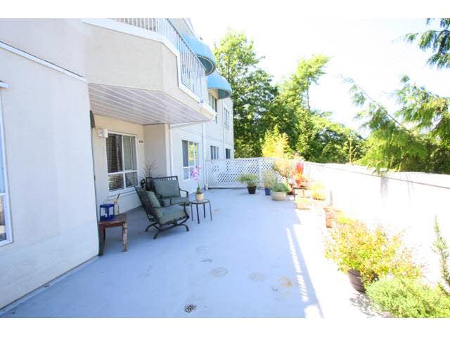 "Main Photo: 109 8600 GENERAL CURRIE Road in Richmond: Brighouse South Condo for sale in ""MONTEREY"" : MLS®# V1138453"