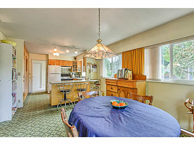 "Photo 9: 4805 2 Avenue in Tsawwassen: Pebble Hill House for sale in ""PEBBLE HILL"" : MLS® # V1143473"