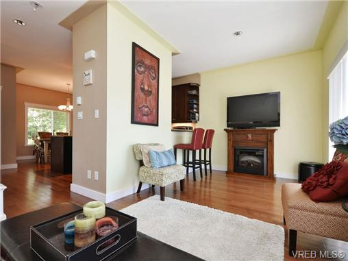 Photo 4: 5 6961 East Saanich Road in SAANICHTON: CS Tanner Townhouse for sale (Central Saanich)  : MLS(r) # 356395