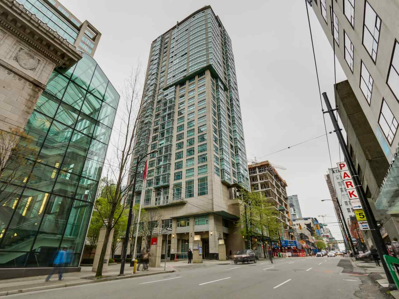 "Main Photo: 1104 438 SEYMOUR Street in Vancouver: Downtown VW Condo for sale in ""CONFERENCE PLAZA"" (Vancouver West)  : MLS® # R2053508"