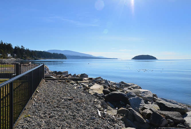 Photo 5: Photos: 6751 SEAVIEW Lane in Sechelt: Sechelt District House for sale (Sunshine Coast)  : MLS® # R2069845