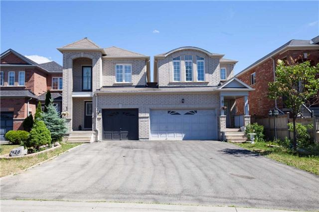 Main Photo: 7428 Magistrate Terrace in Mississauga: Meadowvale Village House (2-Storey) for sale : MLS(r) # W3534731