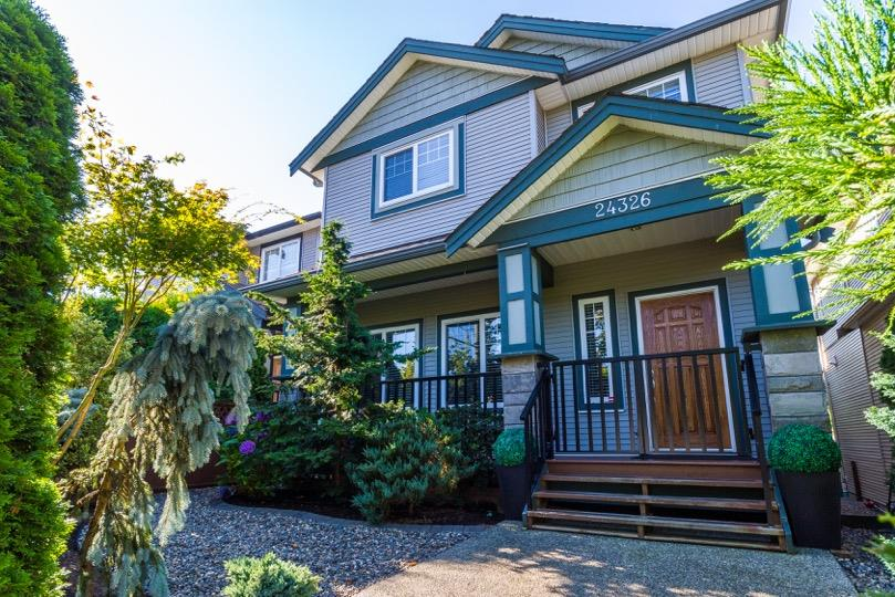 FEATURED LISTING: 24326 102 Avenue Maple Ridge