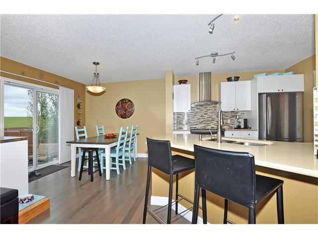 Photo 10: 145 CRYSTAL SHORES Grove: Okotoks House for sale : MLS® # C4077606