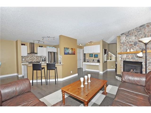 Photo 4: 145 CRYSTAL SHORES Grove: Okotoks House for sale : MLS® # C4077606