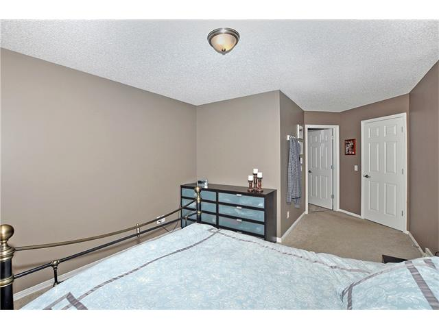 Photo 15: 145 CRYSTAL SHORES Grove: Okotoks House for sale : MLS® # C4077606