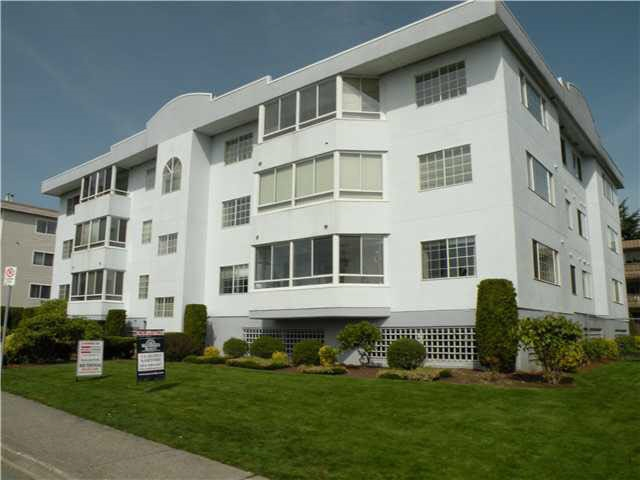 "Main Photo: 201 22241 SELKIRK Avenue in Maple Ridge: East Central Condo for sale in ""SELKIRK PLACE"" : MLS®# R2109203"