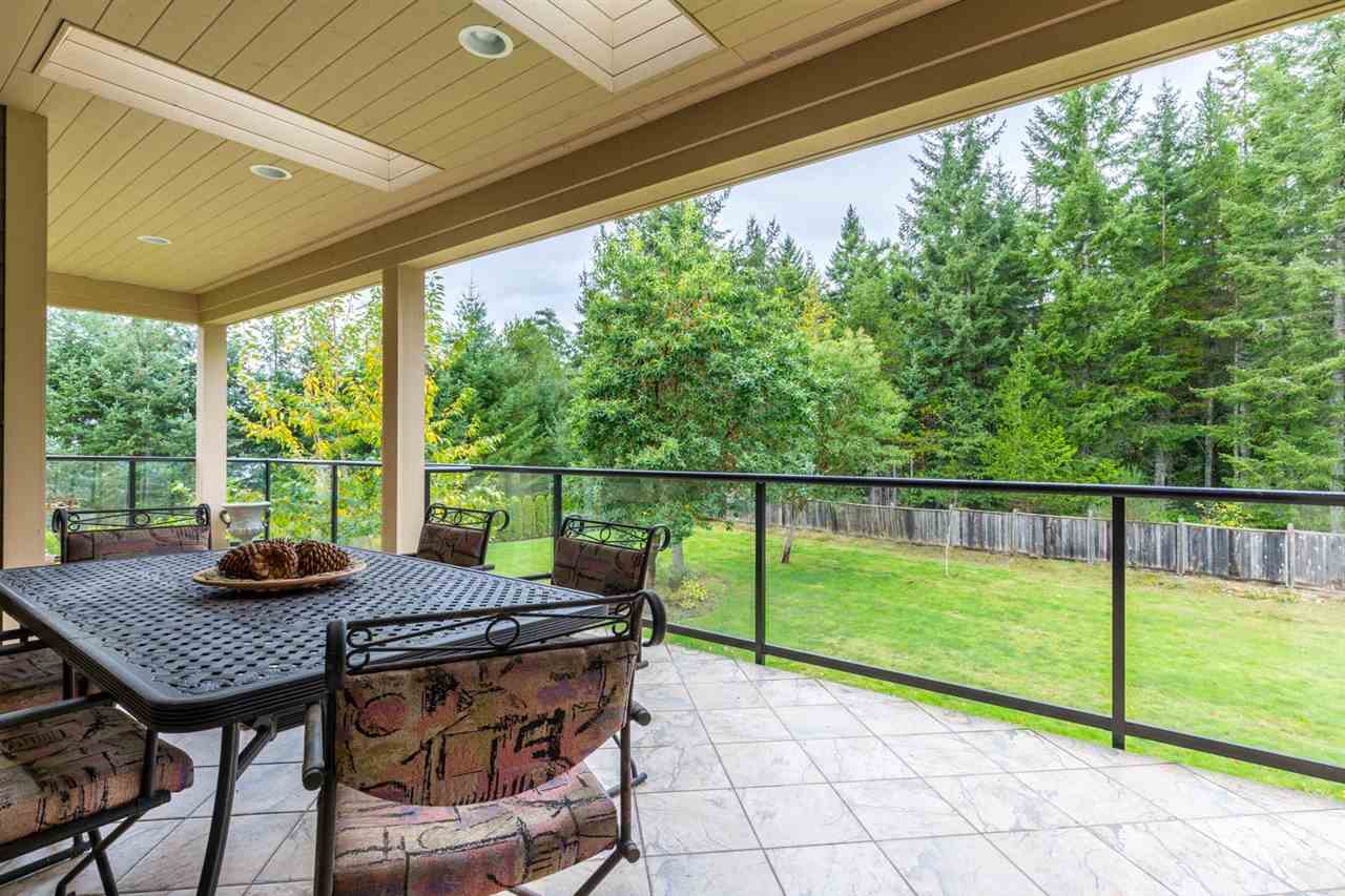 Photo 18: Photos: 5335 STAMFORD Place in Sechelt: Sechelt District House for sale (Sunshine Coast)  : MLS® # R2119187