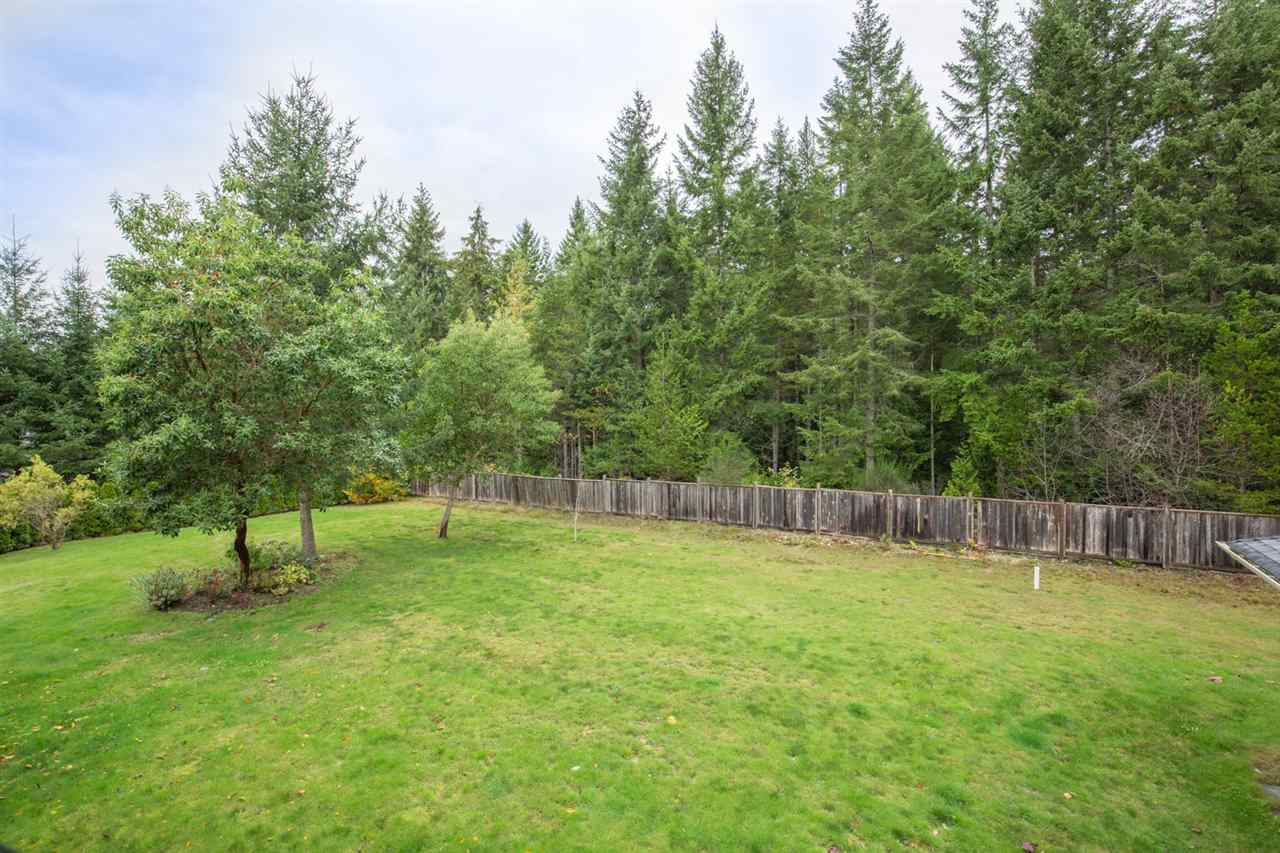 Photo 17: Photos: 5335 STAMFORD Place in Sechelt: Sechelt District House for sale (Sunshine Coast)  : MLS® # R2119187
