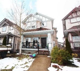 Main Photo: 7095 144A Street in Surrey: East Newton House for sale : MLS(r) # R2144798