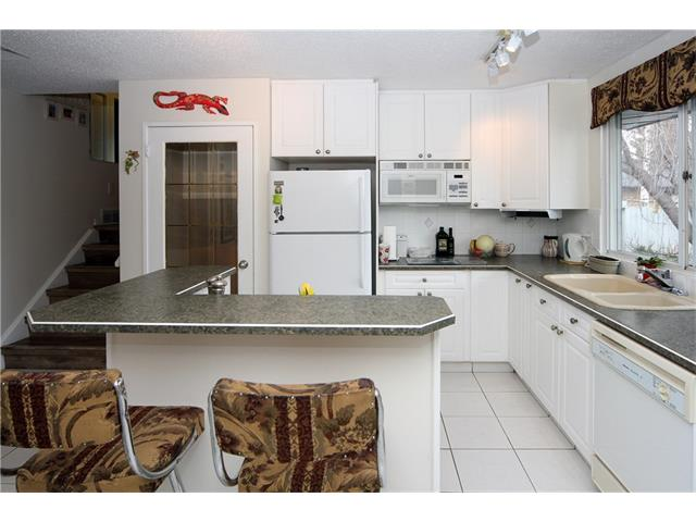 Photo 13: 7944 HUNTWICK Hill(S) NE in Calgary: Huntington Hills House for sale : MLS(r) # C4106885