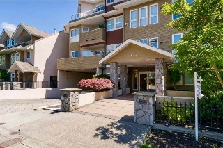 "Main Photo: 301 1630 154 Street in Surrey: King George Corridor Condo for sale in ""CARLTON COURT"" (South Surrey White Rock)  : MLS(r) # R2163722"