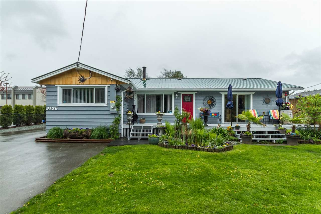 Main Photo: 3126 ROSS Road in Abbotsford: Aberdeen House for sale : MLS(r) # R2164023