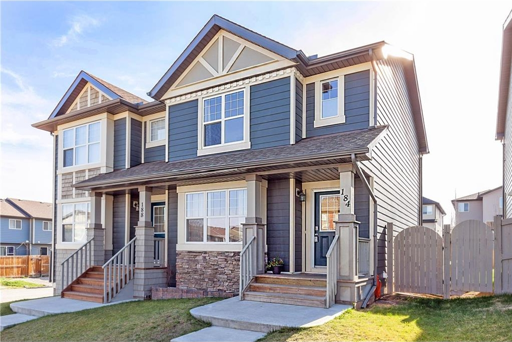Main Photo: 184 PANAMOUNT Way NW in Calgary: Panorama Hills House for sale : MLS(r) # C4117071